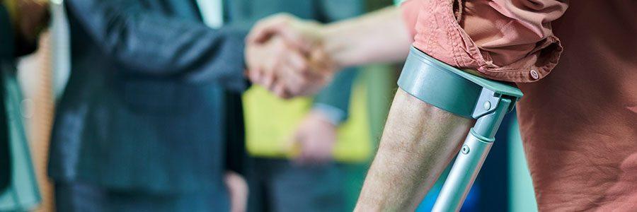 ¿Qué tan grave debe ser una lesión relacionada con el trabajo para presentar un caso?